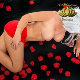 Daniela - Masajista erótica dulce. Masajes en hotel
